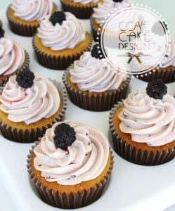 Apple Blackberry cupcakes