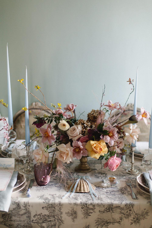 Wedding floral centrepiece