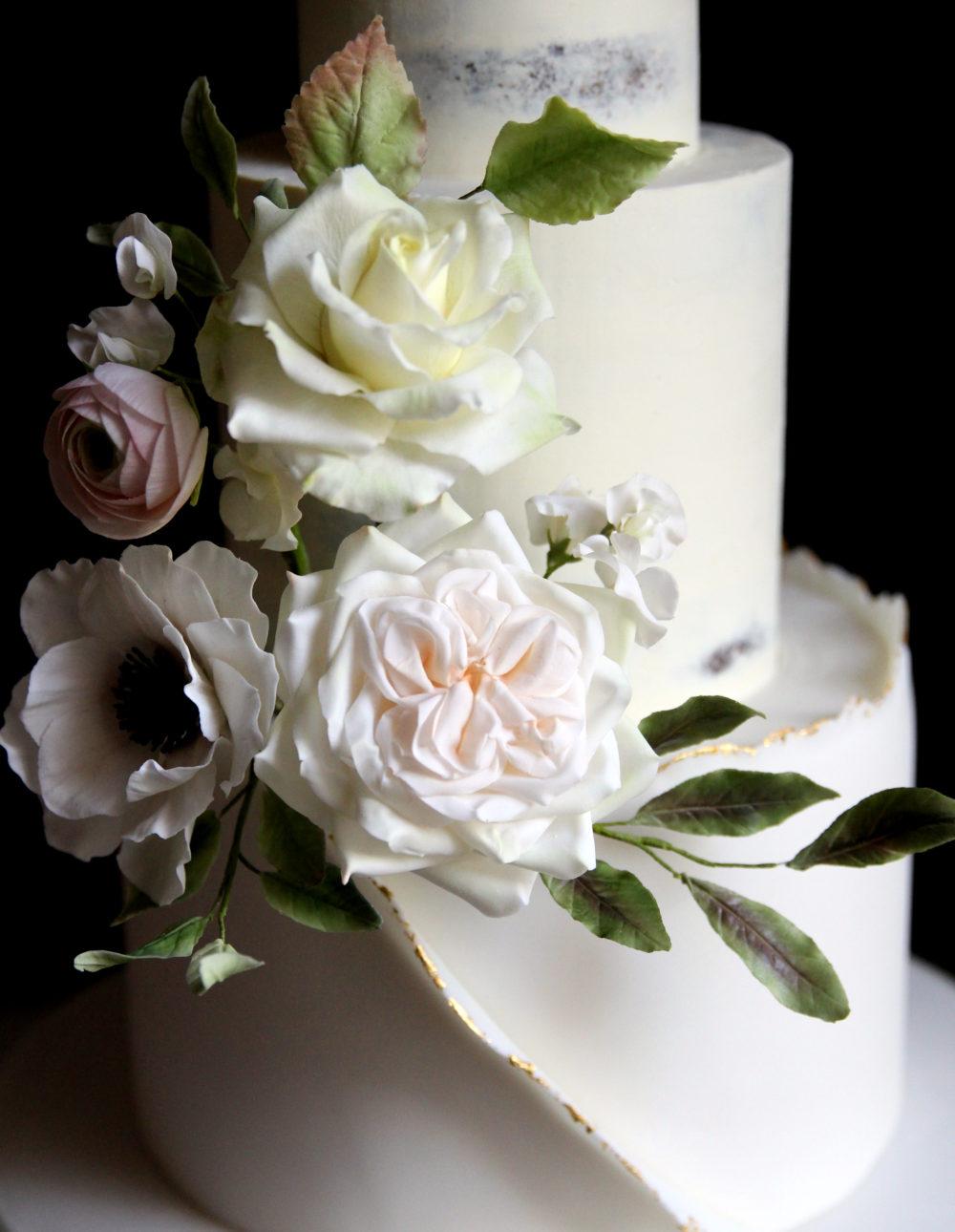 Sugar Flowers Cove Cake Design