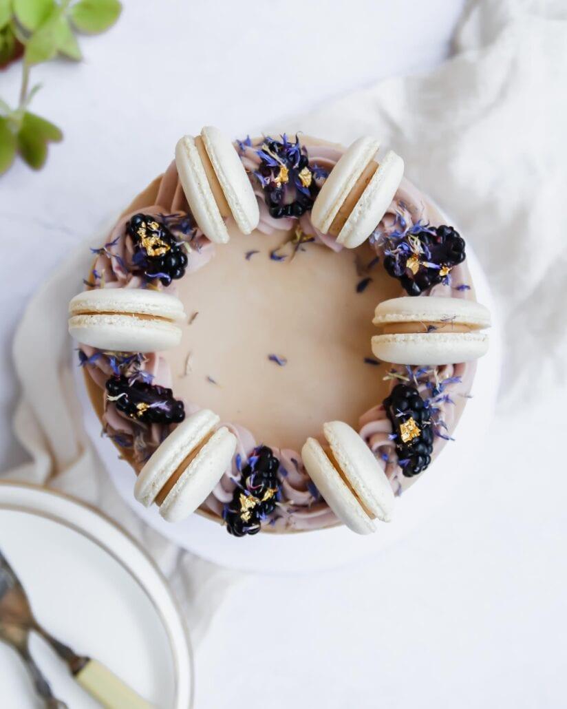 Online shop macaron cake Cove Cake Design