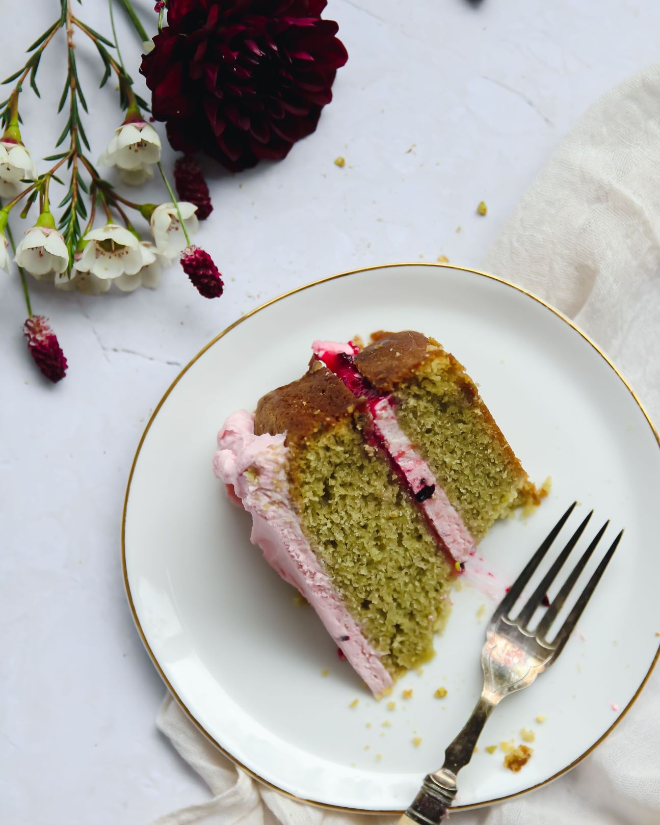 Matcha Blackberry Cake Recipe
