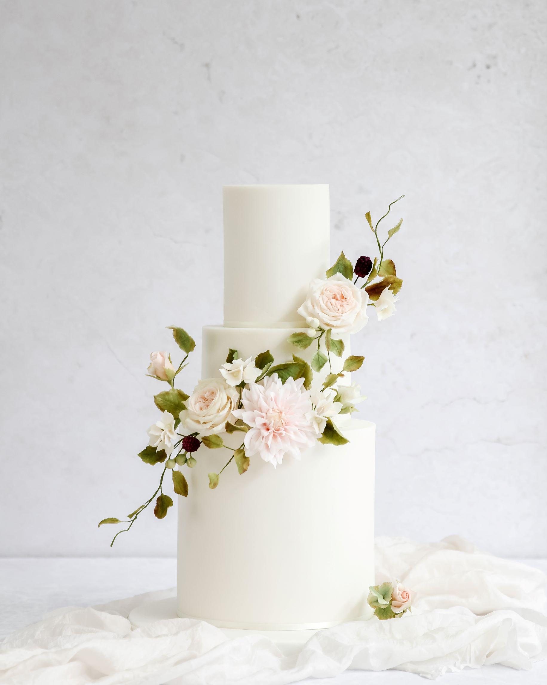 Sugar flower wedding cake cove cake design